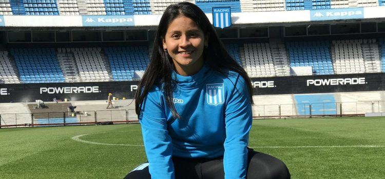 Milagros Otazú firmó contrato profesional con Racing