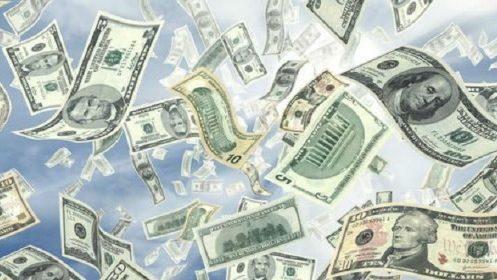 Los bancos ya se preparan para una aceleración en el retiro de depósitos en dólares