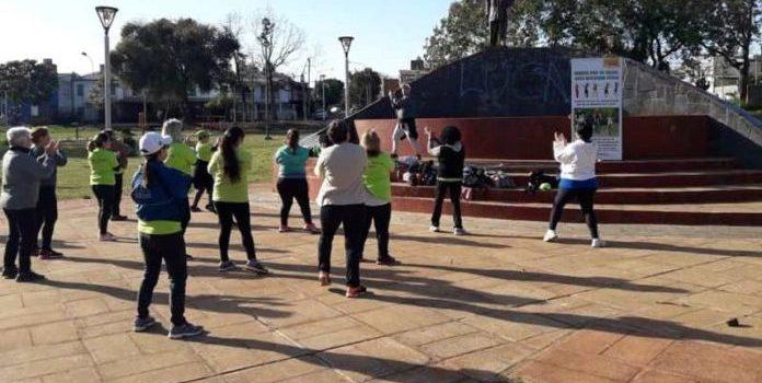 Realizan actividad física en distintos barrios de Posadas