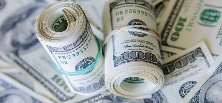 """Qué es """"el rulo"""" del dólar oficial, la operación que permite ganar 5% en pocos minutos"""