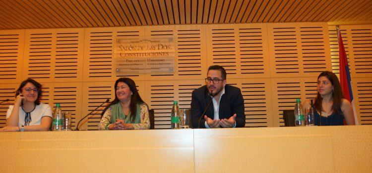 Varias ONG proyectan soluciones a problemas de sus comunidades